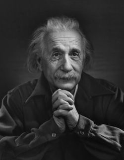 Ykarsh_albert_einstein_1948