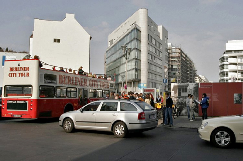 Checkpointcharlie-2