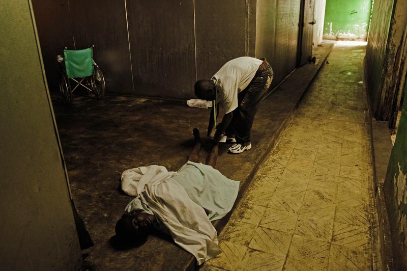 Reportaje Fotográfico: Haití, entre la Muerte y la Vida ...