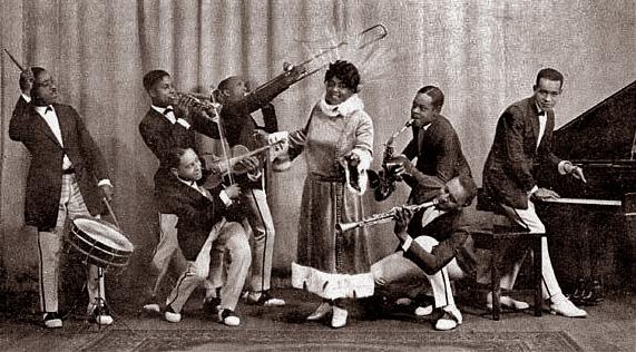 Mamie-smith-jazz-hounds