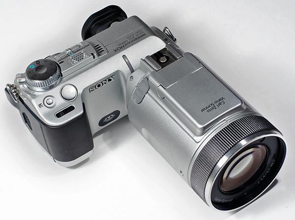 Sony_DSC-F717