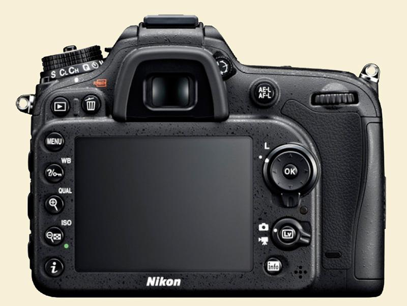 D7100-3
