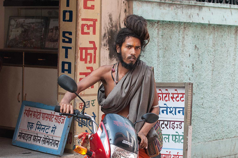 Sadhu-on-motor-bike-in-hardiwar