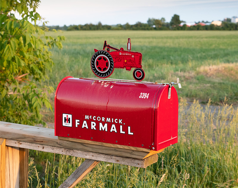 Farmall Mailbox