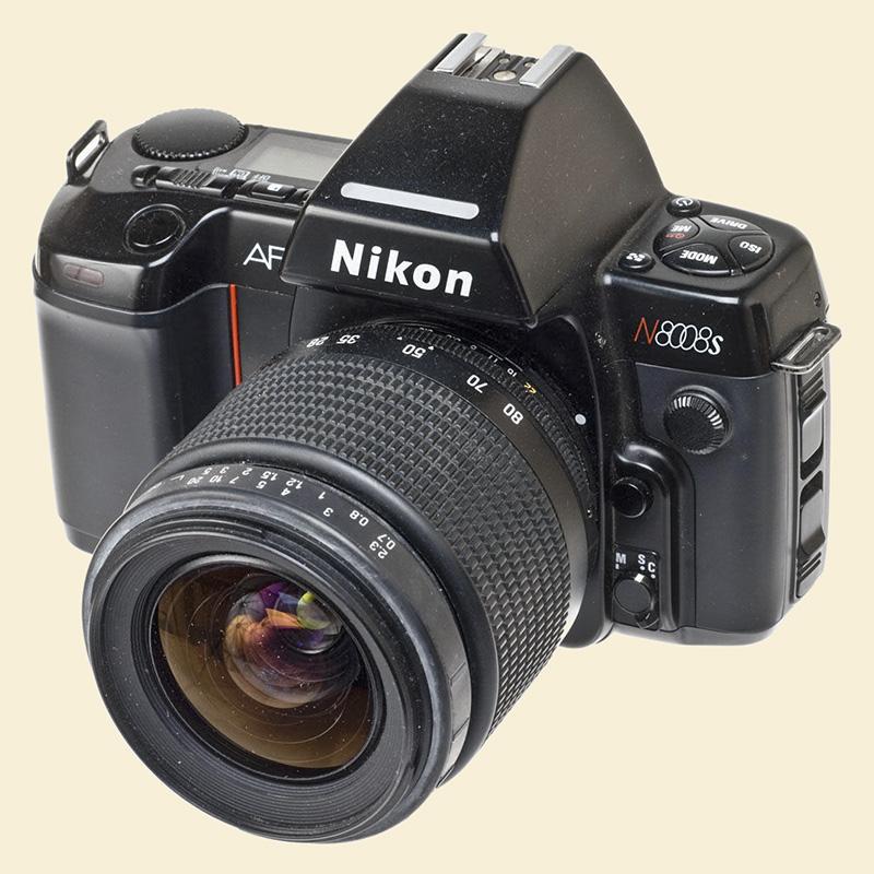 NikonN8008s