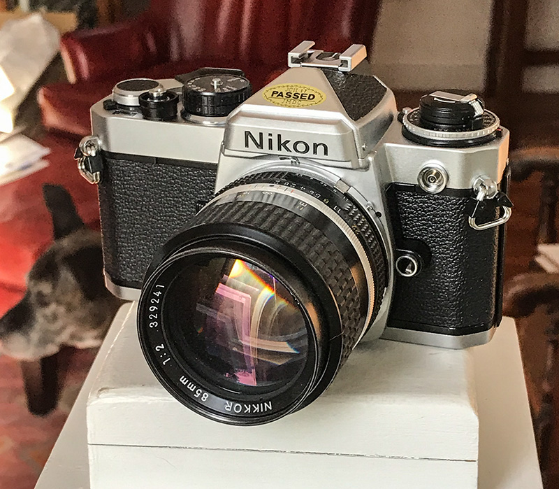 Nikon FE 2020-small