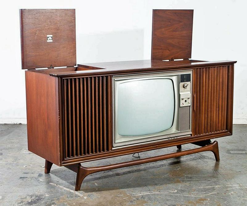 RCA console-small