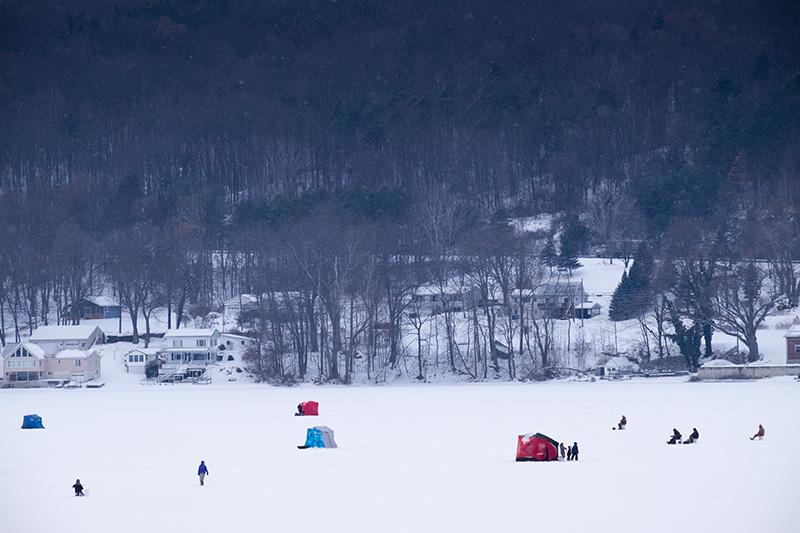 Ice-fishermen-small