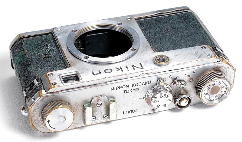Nikon L