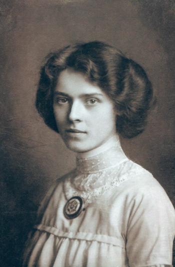 1910s portrait