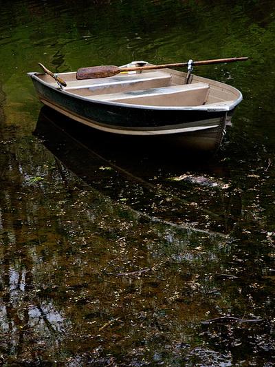 Eamon_e3_rowboat